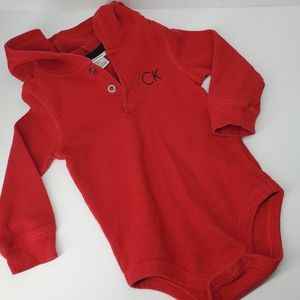 3/$20 CALVIN KLEIN 18M Red Thermal Onsie